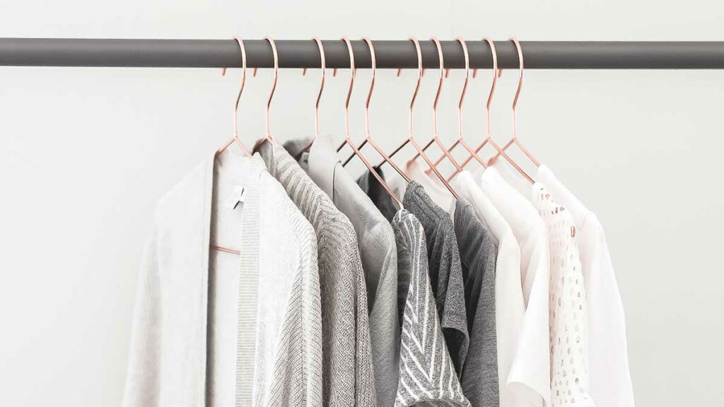 Capsule wardrobe definition: what is a capsule wardrob